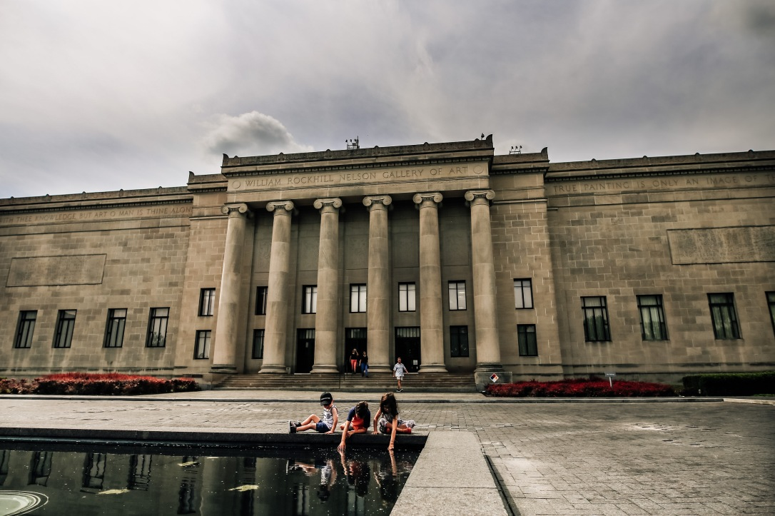 Nelson Atkins Art Museum Kansas City front pond children reflection