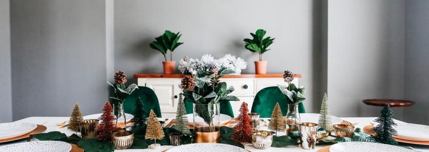 place setting table decor centerpiece holiday decor Christmas tablescape